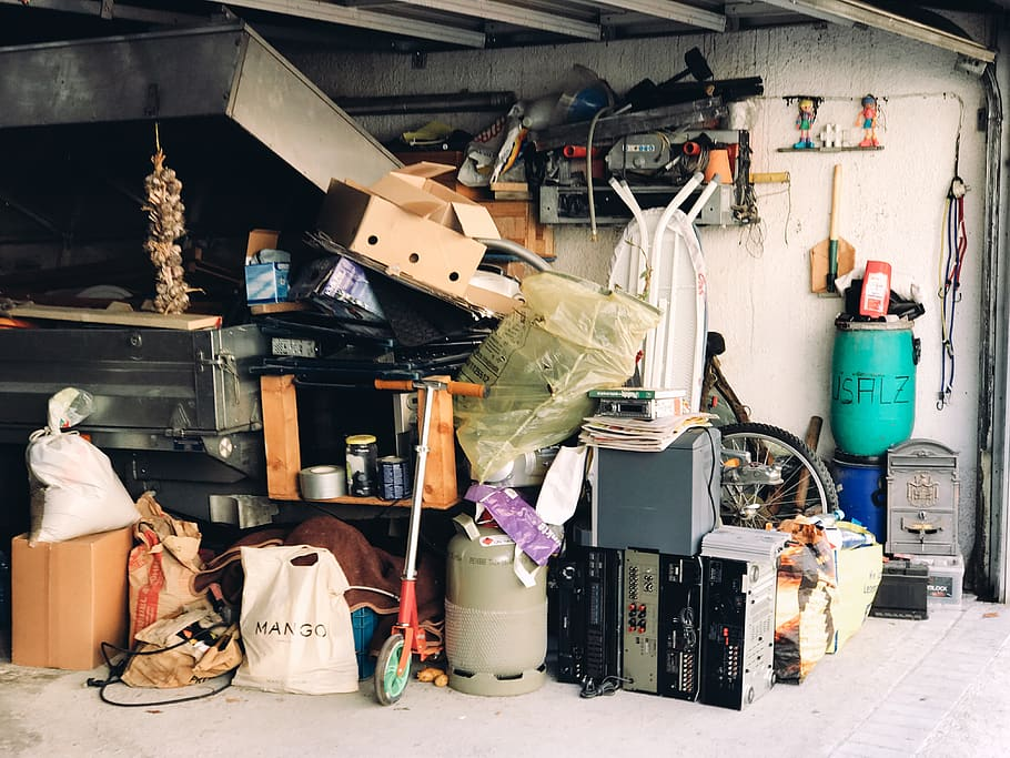 8 Things You Shouldn't Keep in Your Basement or Garage